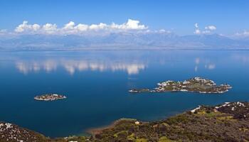 Прекрасні озера світу