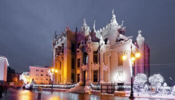 Всесвітньовідомі пам'ятки архітектури вночі